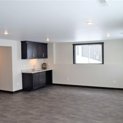 1745 Steiner Lane bonus room with sink/bar